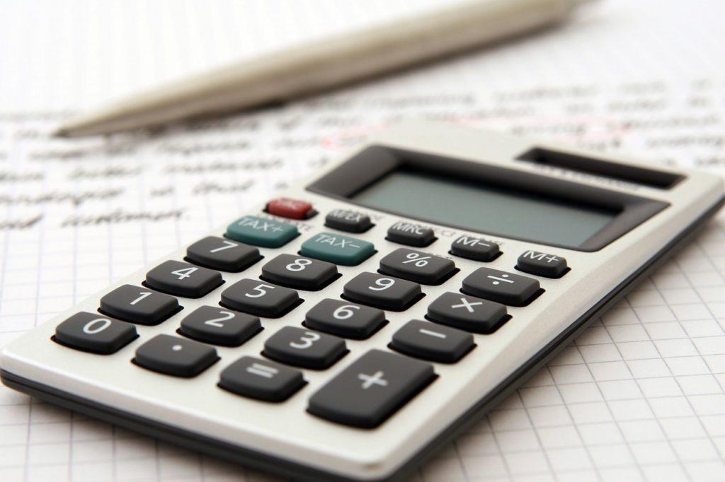 アメリカ各州の固定資産税の支払い時期について